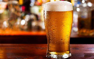 Brewery, restaurant, full service bar. Outdoor dining overlooking Lake Erie! Open year round.
