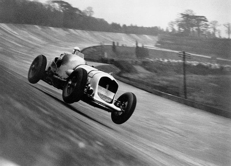 Apex Driving Acadey Vintage Racer