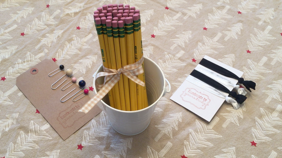 3 DIY Christmas Teacher Gifts that are so simple!