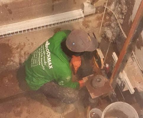 ซ่อมน้ำรั่วด้วย pufoam (5).jpg