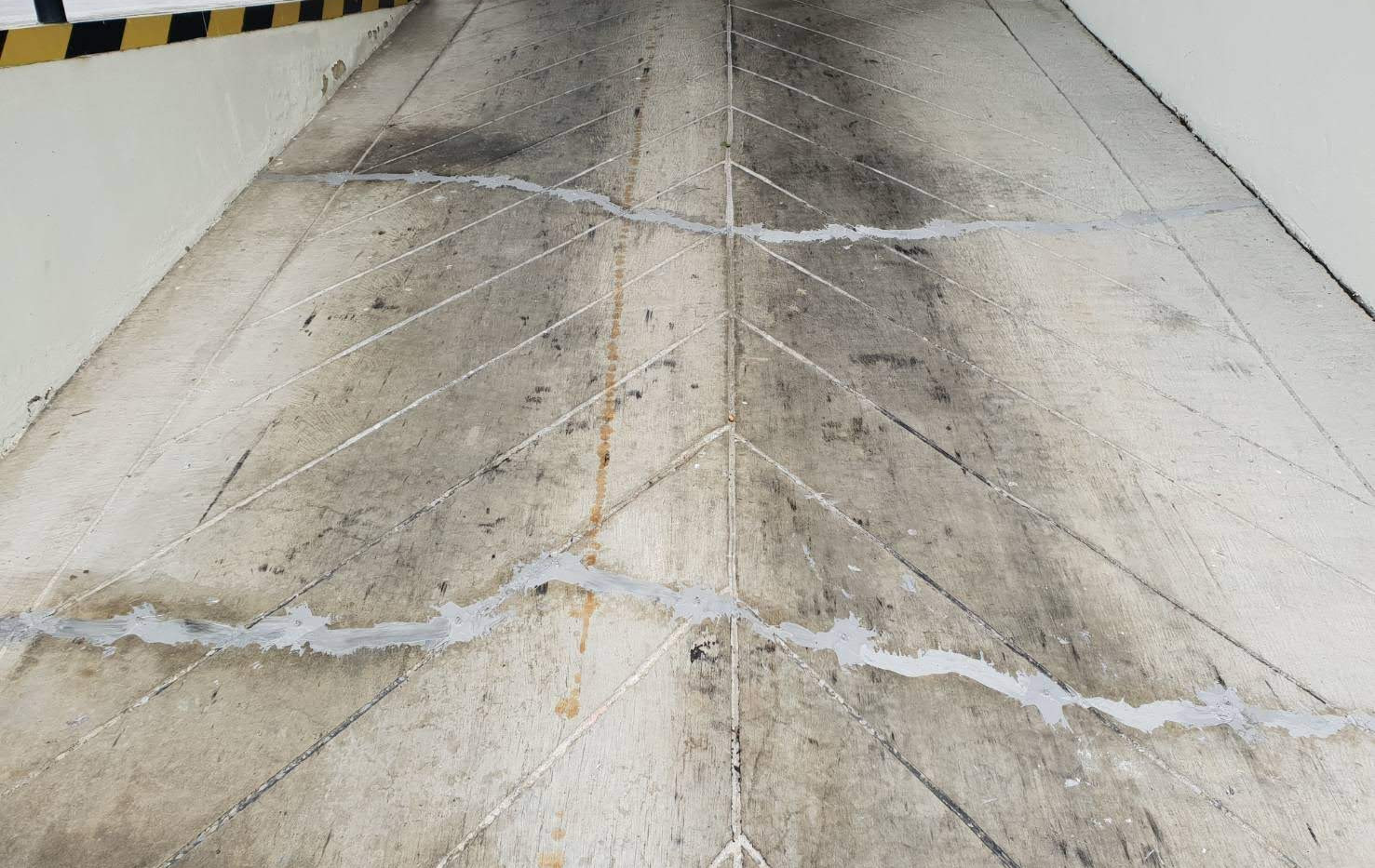 ซ่อมรอยร้าวโรงงานกระทิงแดง (11).jpg