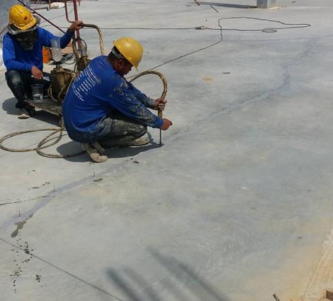 ซ่อมรอยร้าวด้วย epoxy injection  (7).JPG