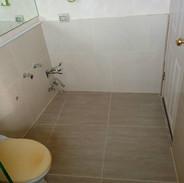 รับปูกระเบื้องและทำกันซึมห้องน้ำ (7).jpg