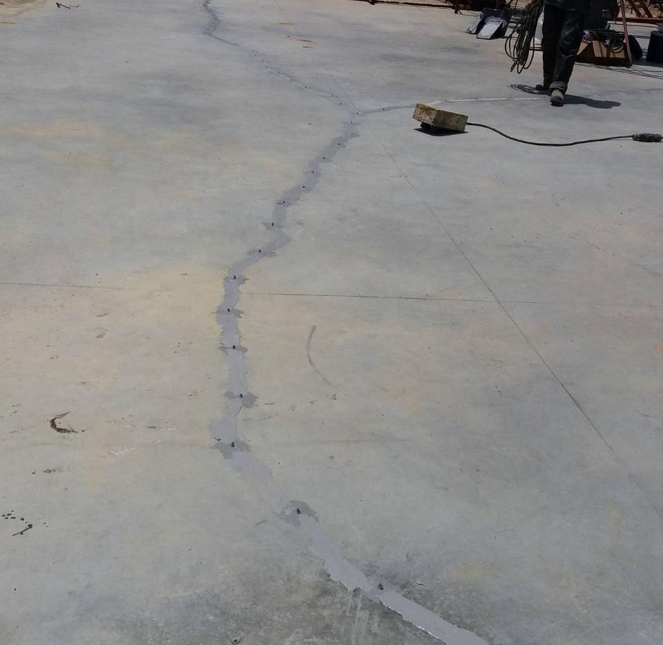 ซ่อมรอยร้าวด้วย epoxy injection  (9).JPG