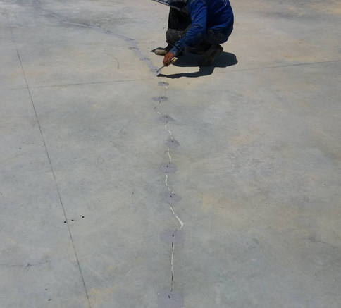 ซ่อมรอยร้าวด้วย epoxy injection  (6).JPG