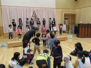 富山市立福島保育所でトントゥのお話と絵本の読み聞かせ会