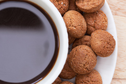Kruidnootjes and Coffee