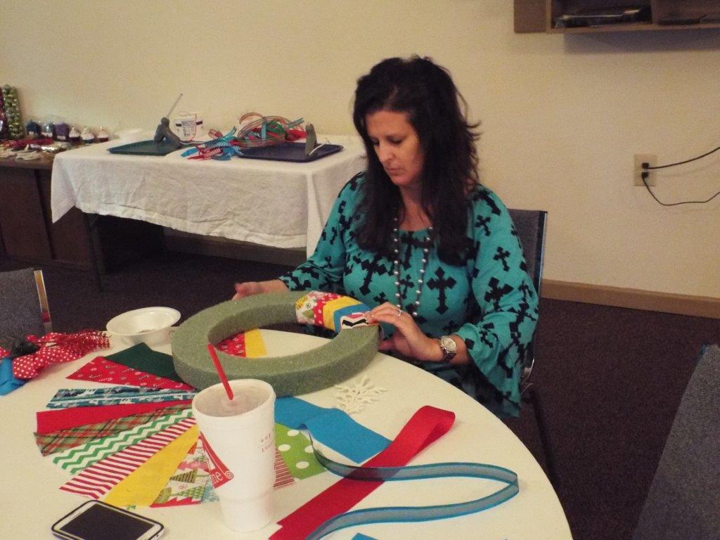 Jeanna making a wreath!