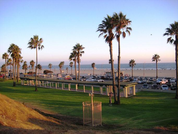 Santa Monica Beach Amut Park The Best Beaches In World