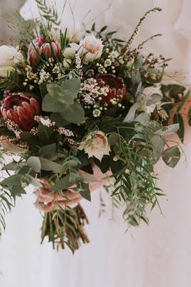 Sarah-Michael-Gordon-Country-Wedding-Pho