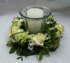 Small green and white wreath with a candle