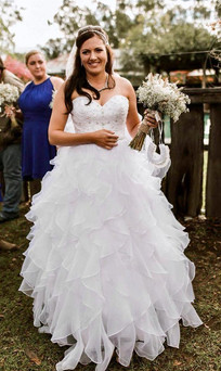 Samantha with her bridal bouquet
