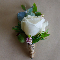 Buttonholes, created with a passion to d