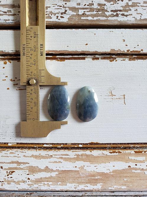 Sapphire Pair SA139