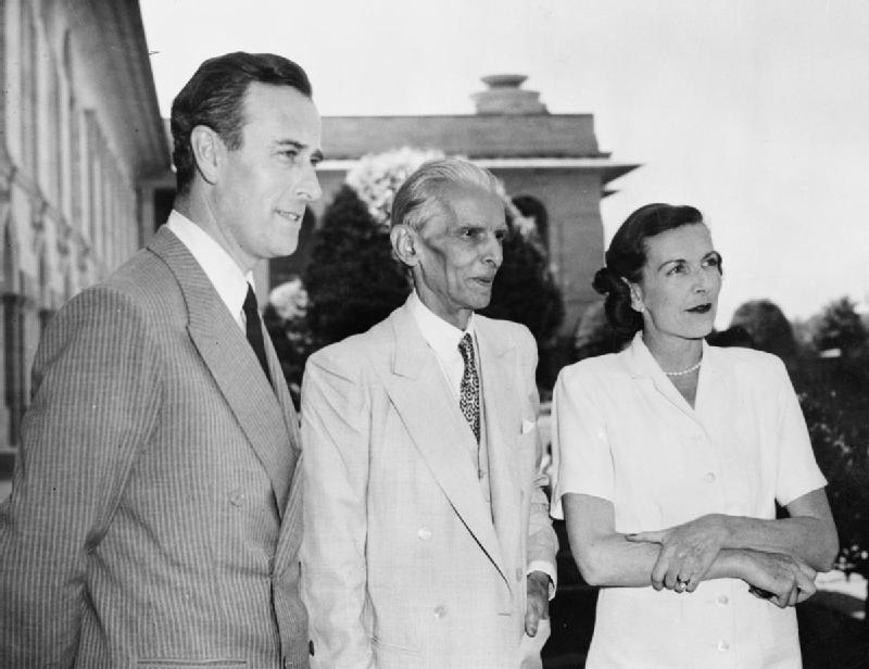 L to R - Louis Mountbatten, Jinnah and Edwina Mountbatten