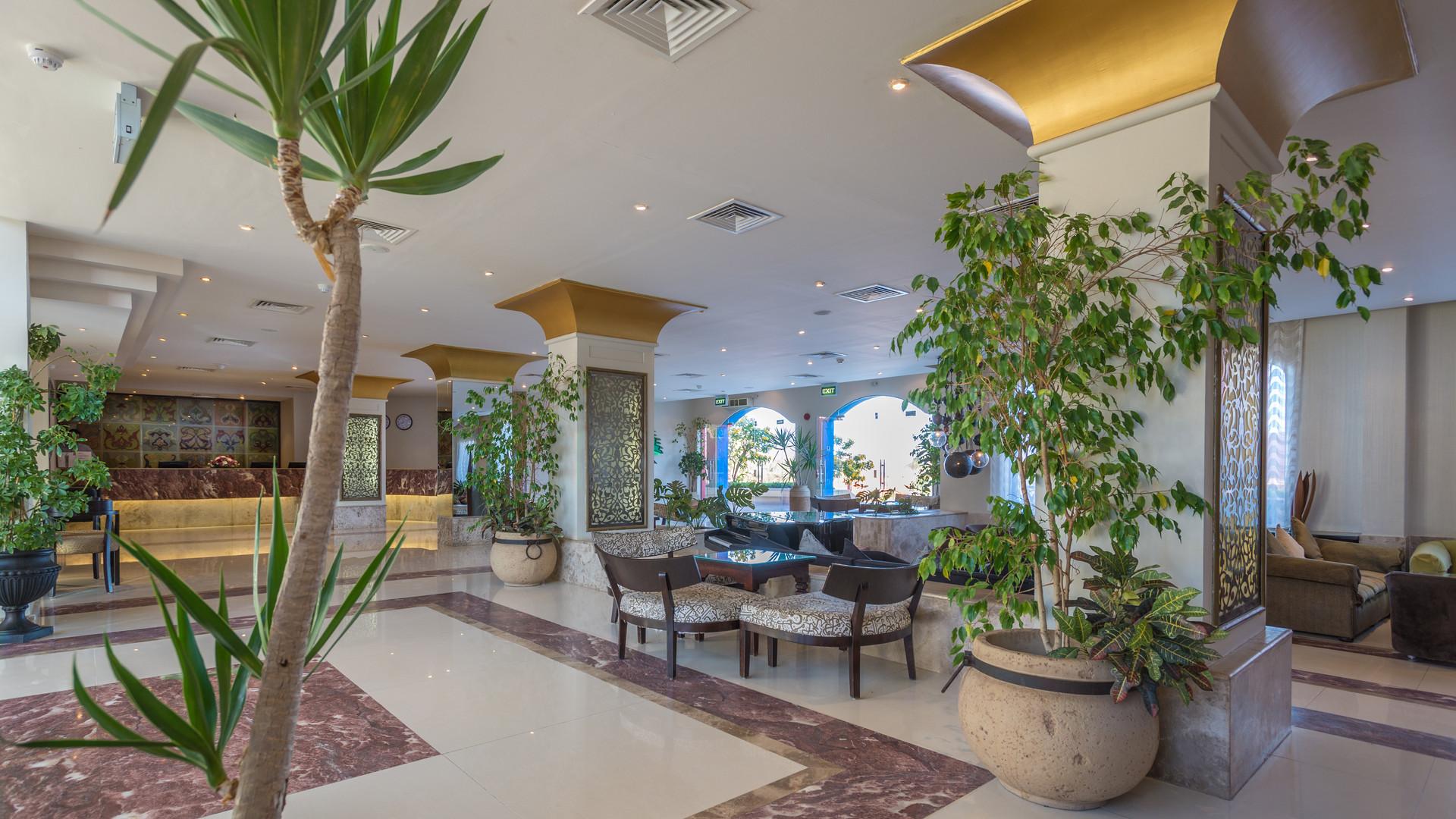 Reception Lobby (17 of 20).jpg