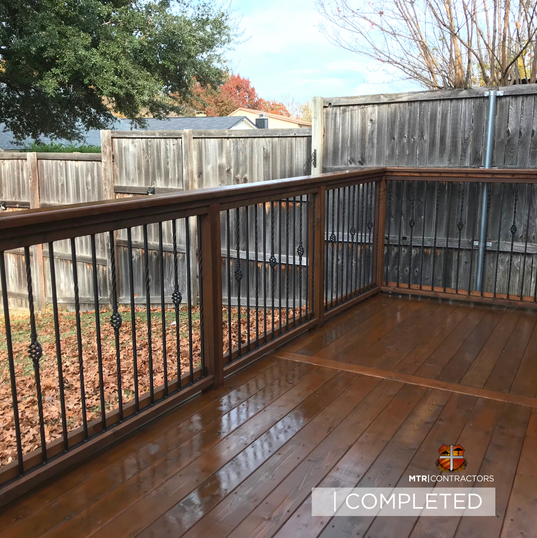 wood deck in frisco texas.png