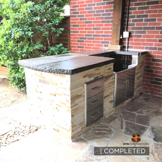 outdoor kitchen and grill in frisco texa