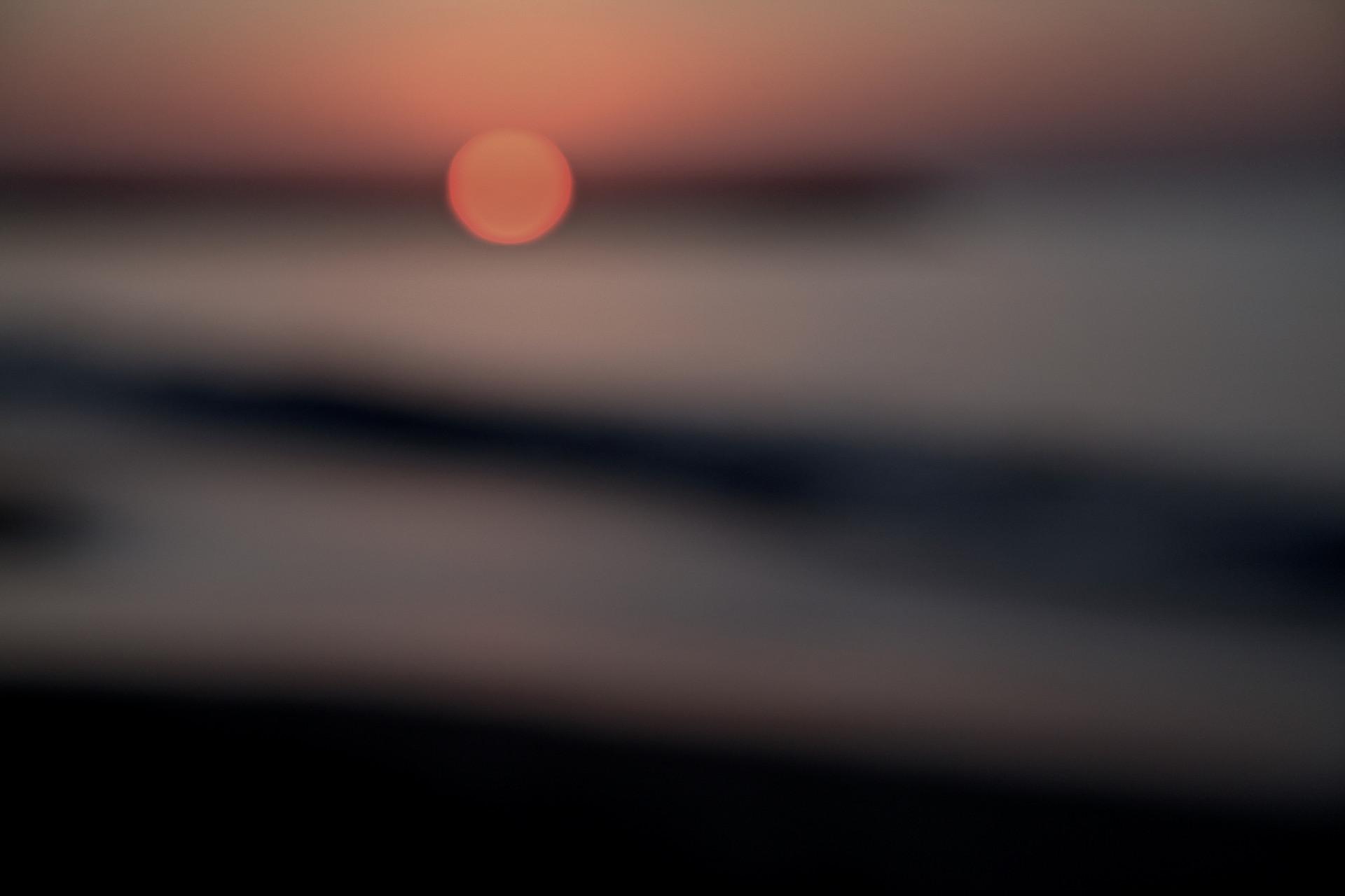 je rêvais ... d'un soleil sans sommeil d'une lune éternelle je rêvais ...