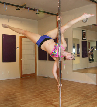 New Post with International Pole Convention: Marion Amber Tutorial
