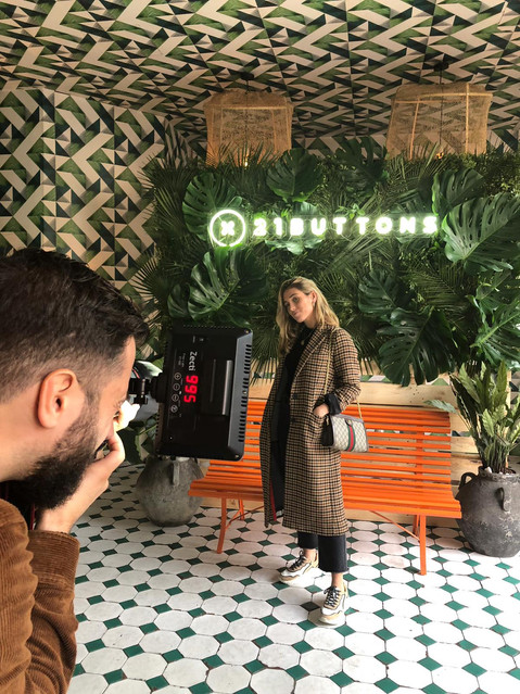 Photocall corporativo para evento con influencers