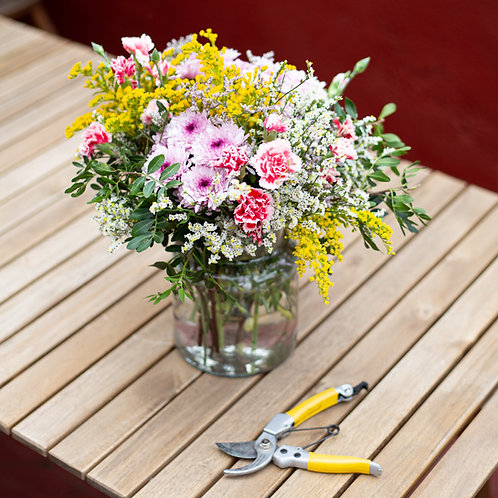 Taller de arreglo floral en jarrón