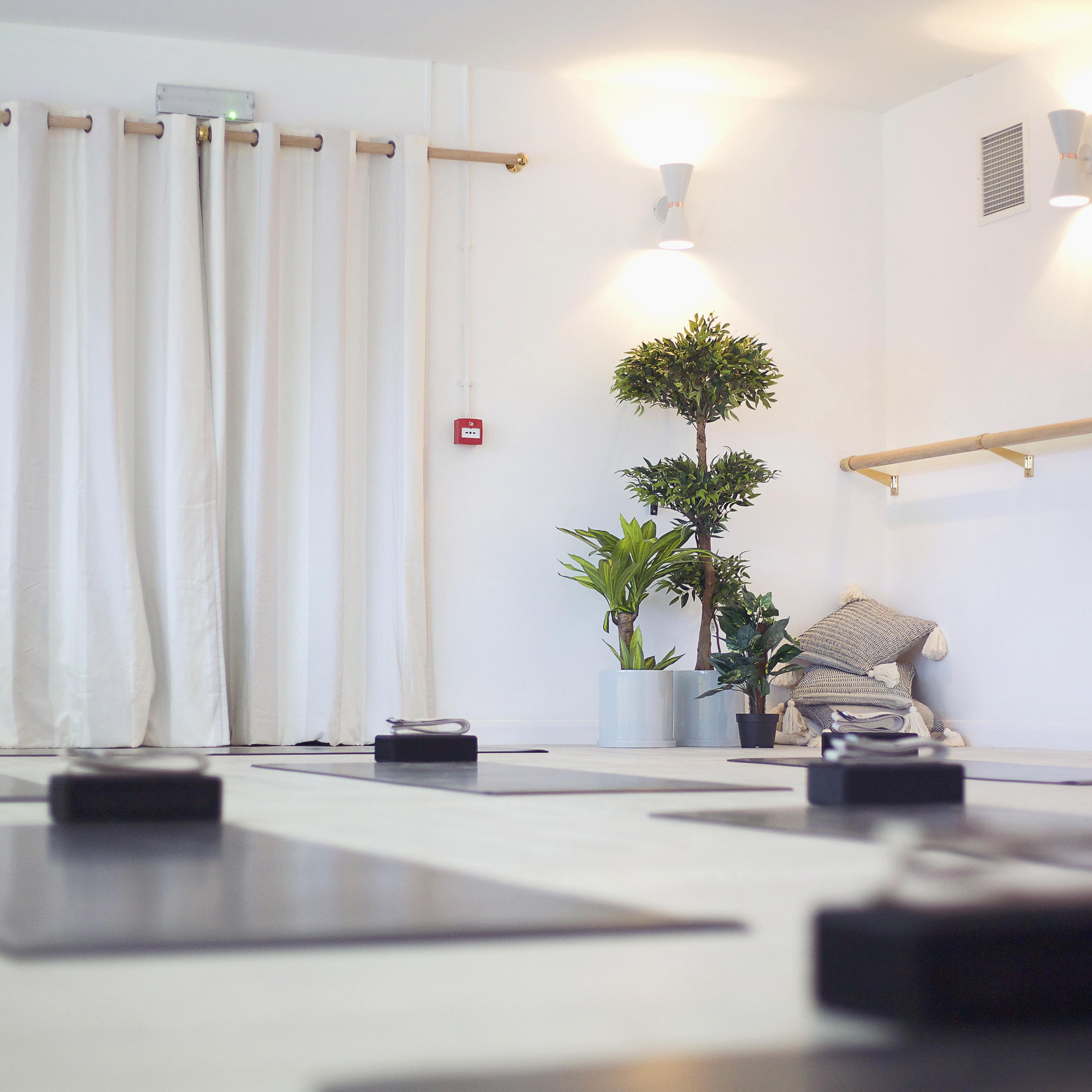 app Leo Yoga Studio 1