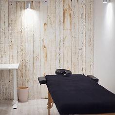 LEO Massage Sara 4.jpg
