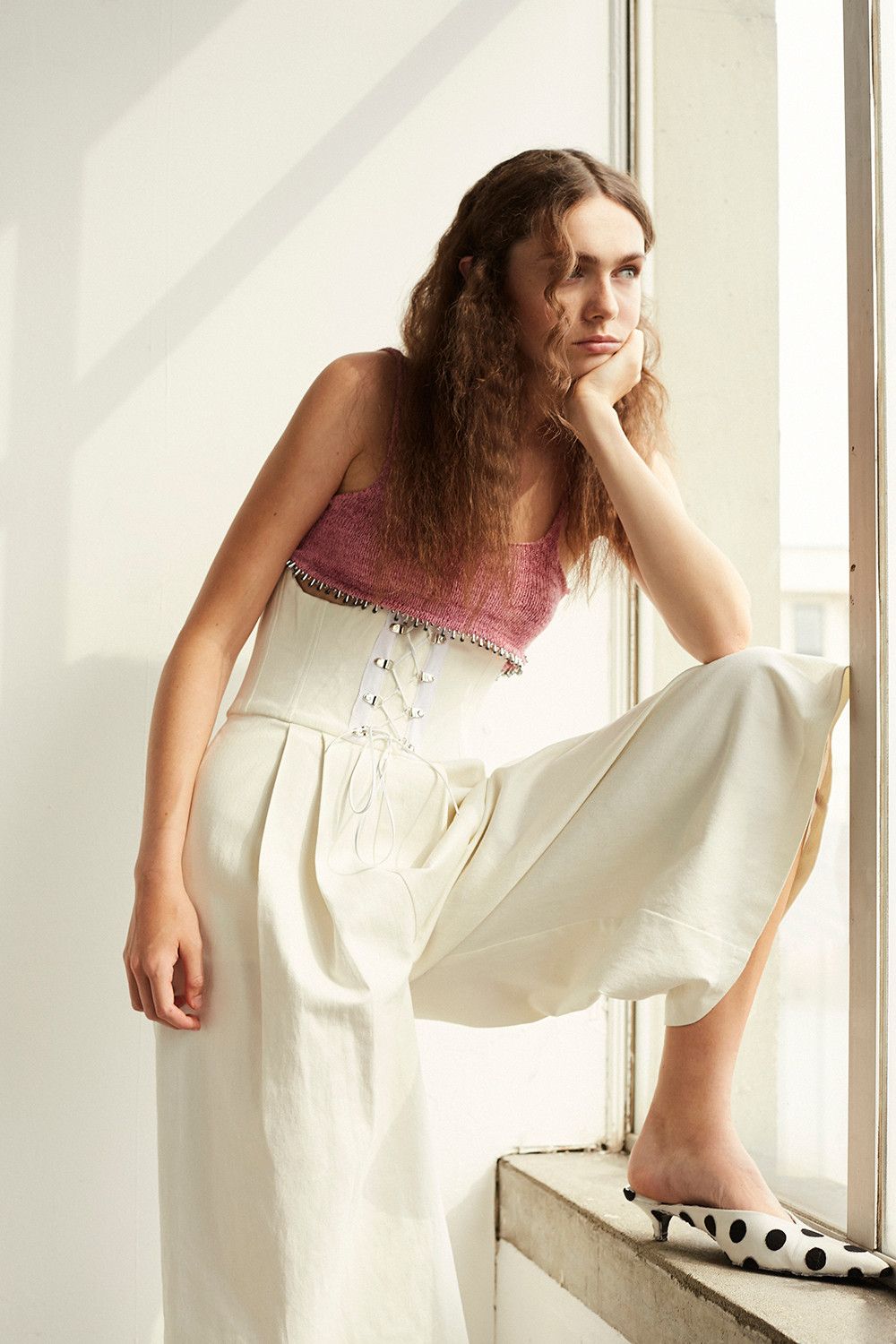 Top by Francesca R Palumbo. Trousers by Zenosyne. Shoes by Foam of the Days.