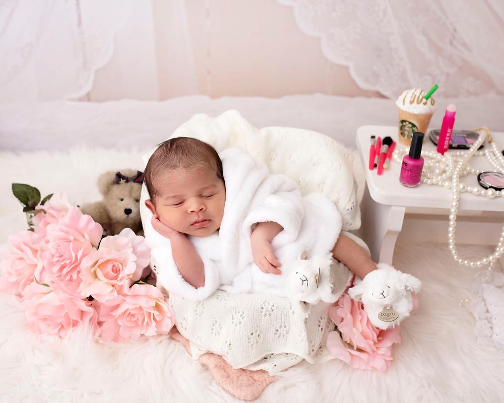 newborn photographer, experienced newborn photographer, Harrisburg newborn family photographer, Lebanon newborn photographer, baby photographer