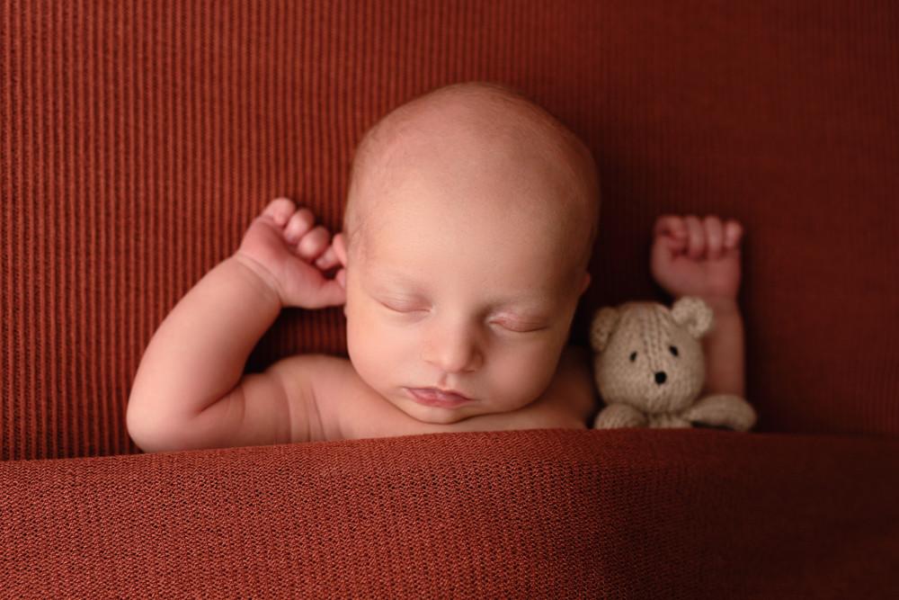 newborn photographer, central pennsylvania newborn photographer, newborn photographers near me, newborn photographer near me