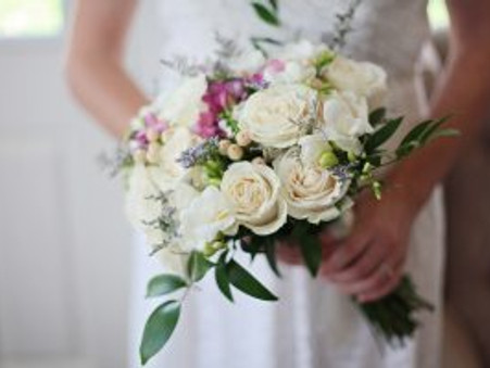 Bridal Bouquet Preservation Keeps Appeal Strong