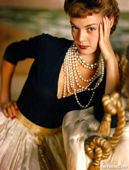 Vogue 1949 Jean Patchett pin.jpg