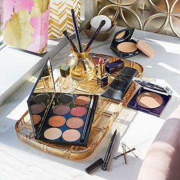 Motives Cosmetics  Giggis