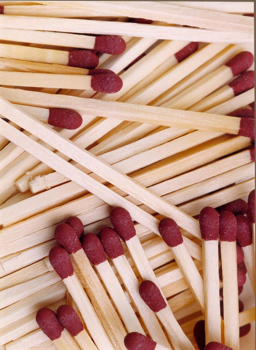 js1600_Matches.jpg