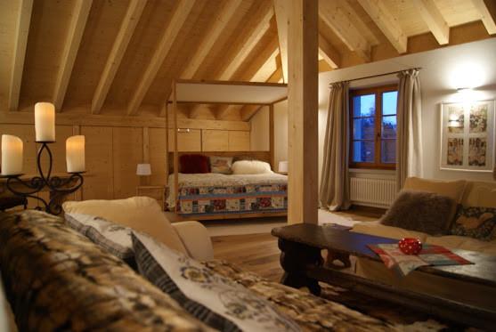 New en suite Lounge.jpg