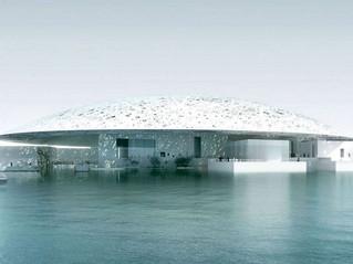 Abu Dhabi estrena su propio Louvre, un Museo sobre el mar.