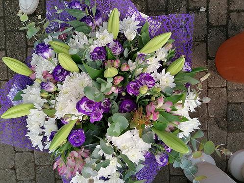 זר פרחים סגול (נוגה)