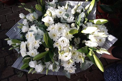 זר פרחים לבן (חן)