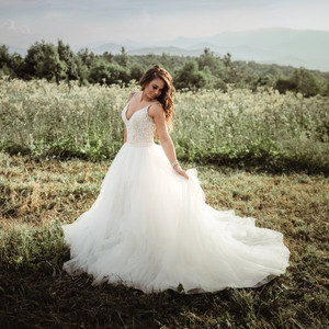 Allure Bridals Style: 9425