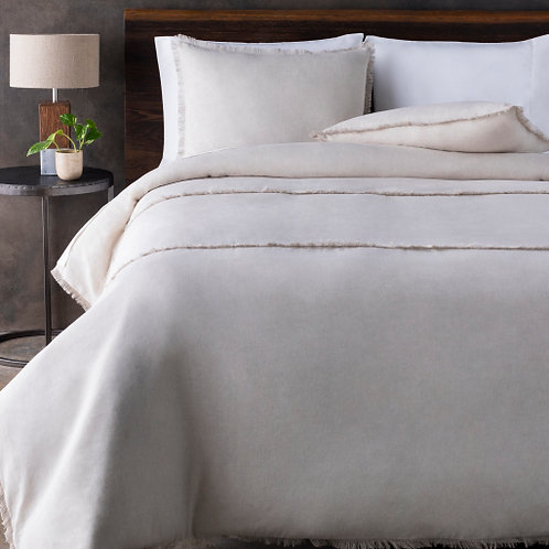 Noemi Bedding