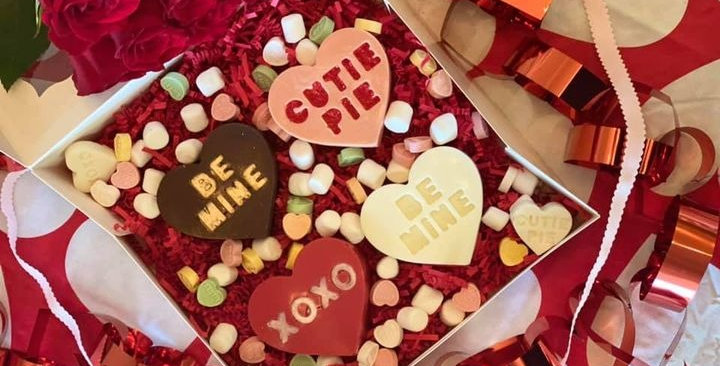 SWEETHEART CHOCOLATE BOMB BOX OF FOUR (VARIETY FLAVOR)