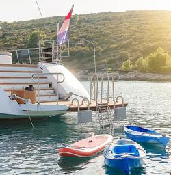 Lady Gita Yacht 5