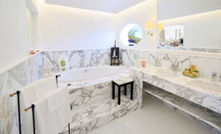 Capri Master Suite bath
