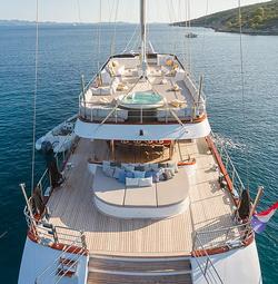 Lady Gita Yacht 2
