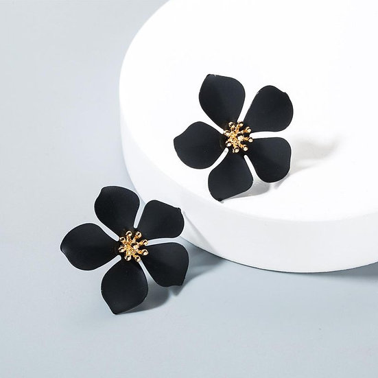 Black Flower Shaped Earrings