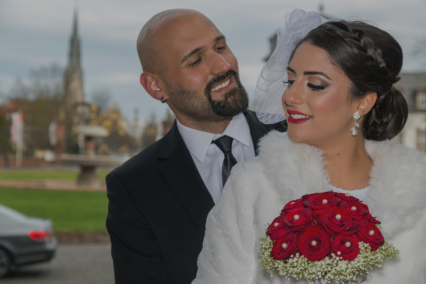 Bride-and-groom-833547_edited.jpg