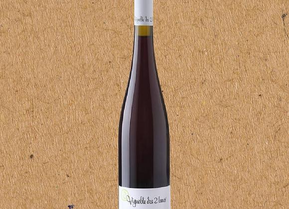 """Vignoble des 2 Lunes, """"Perigee,"""" Pinot Noir"""