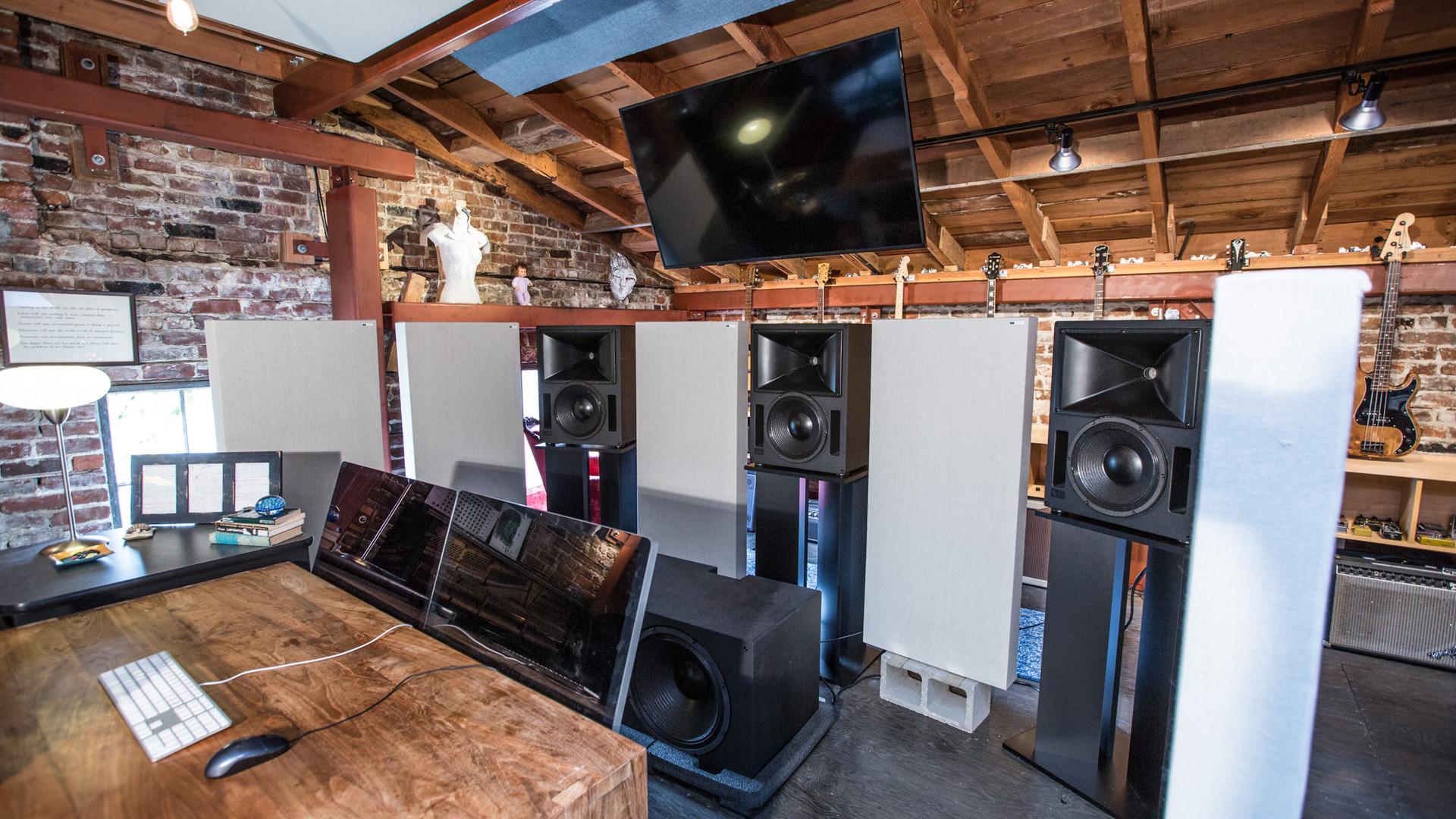 IMRSV Sound Meyer Speakers