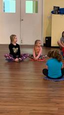 kids-dance-stretch-maple-ridge-2.png